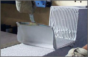 Laying AAC masonry units using thin-bed mortar and toothed trowel ??? subsequent courses are laid using a polymer-modified, thin-bed mortar, applied with a special toothed trowel.
