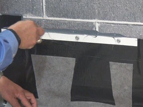 Fig. 6 – Creating a proper seal at the top of a termination bar.
