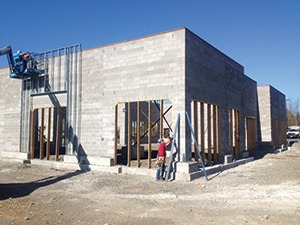 Fig. 3 — Kimco retail outlet under construction.