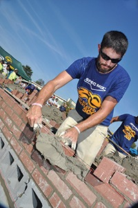 Matt Cash of Huntley Brothers Co. won the SPEC MIX BRICKLAYER 500 Carolinas regional qualifier. Along with his tender/coach Chet Huntley, he will be making a return trip to Las Vegas in January.